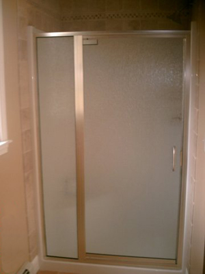 semi-frameless shower door