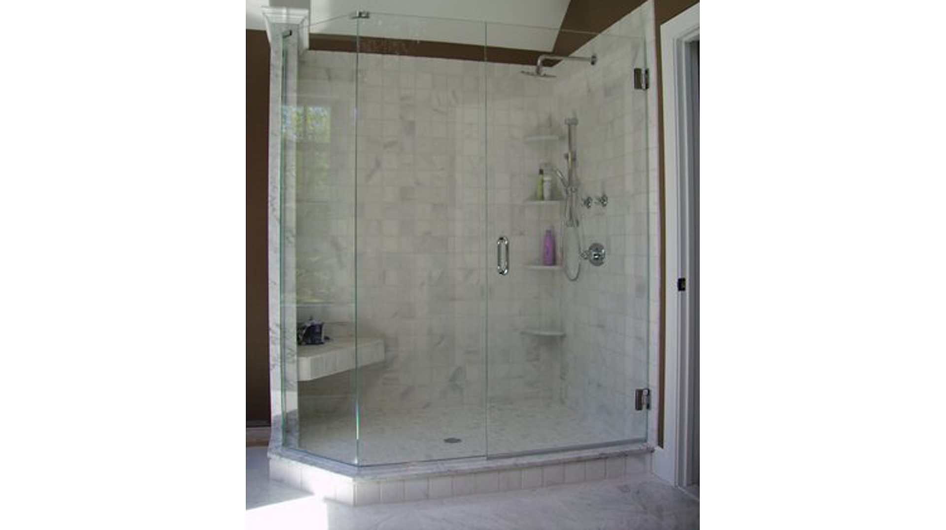 Frameless Walk-in Shower Doors | Signature Glass Inc.