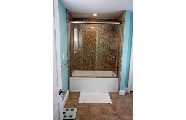 semi-frameless sliding shower door