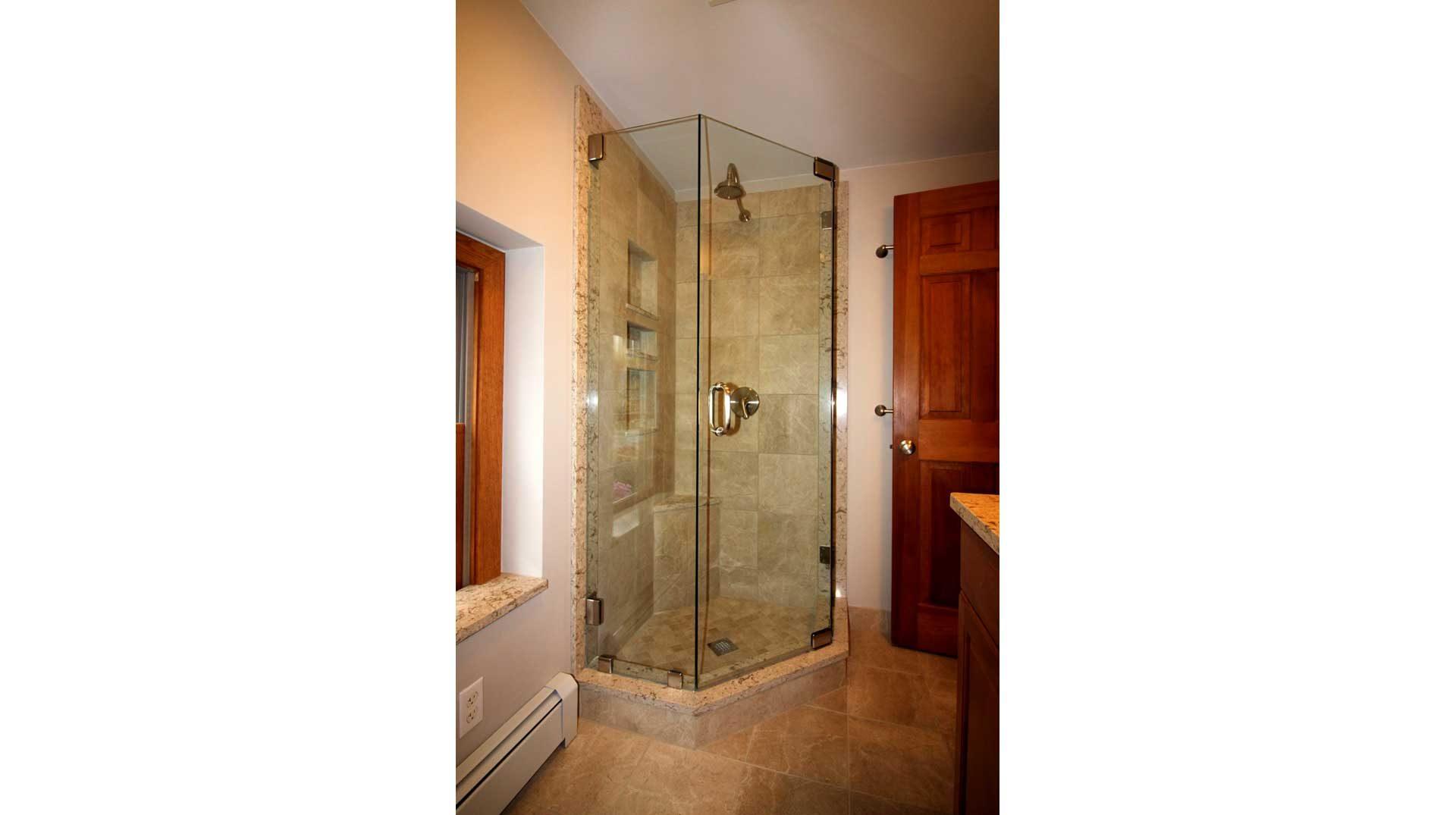 Frameless NeoAngle Shower Door in Lakeville
