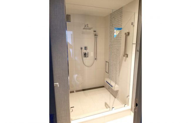 Frameless Shower Enclosure in Boston Marriott