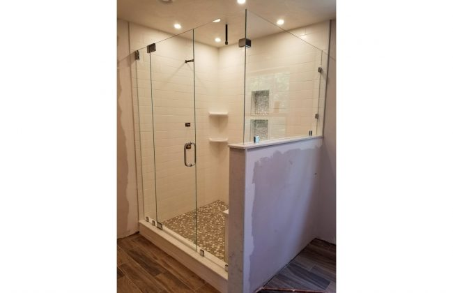 Frameless Glass Shower Enclosure in Lakeville Settlement