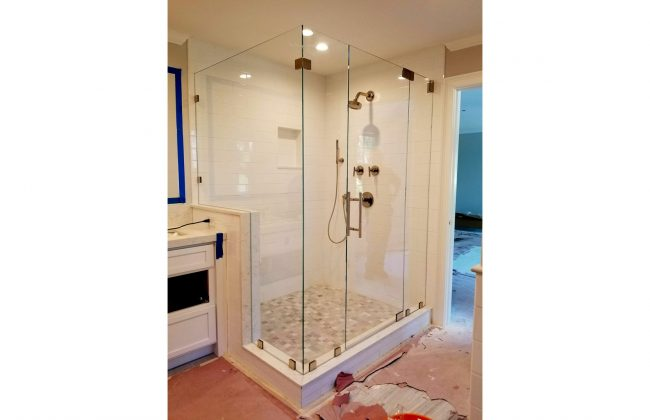 Frameless Shower Enclosure in Milton