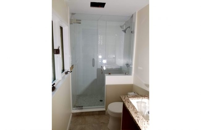 Frameless Shower Enclosure in New Seabury